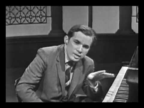 GLENN GOULD ON BACH